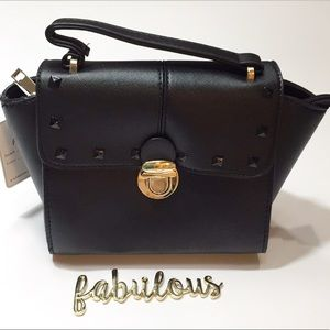 Handbags - Black small top handle bag with strap Size 10x6